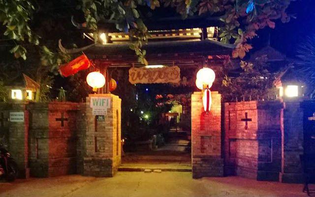 Vườn Tùng Cafe