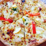 Pizza hải sản đế mỏng :*