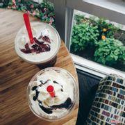 Chocolate freeze + Trà thạch hồng