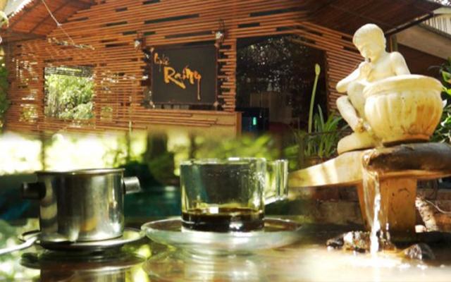 Rainy Cafe - Lê Duẩn