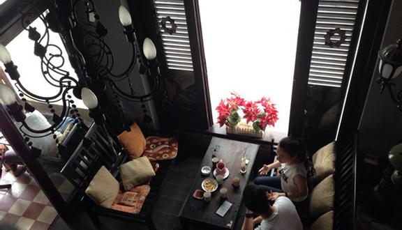 Kleine Ecke Cafe - Tô Hiến Thành