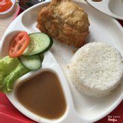 Cơm gà truyền thống