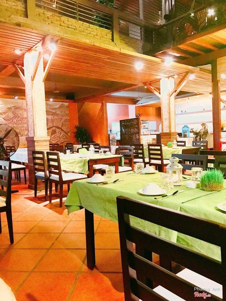 Nha Trang View Restaurant - Thơ Mộng Và Lãng Mạn ở Khánh Hoà