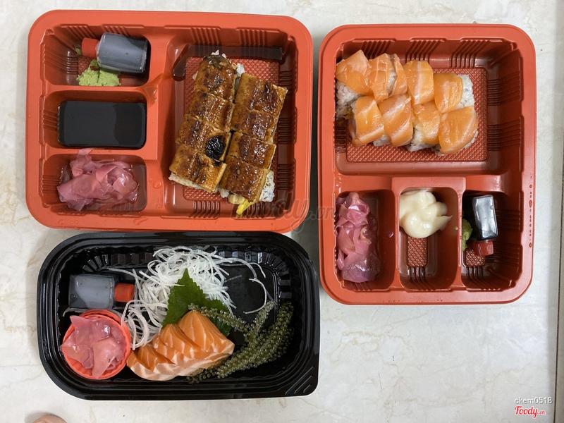 Sushi lươn 150k ( dở và tanh )