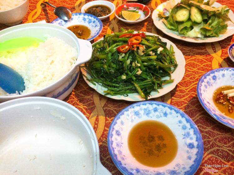 Cơm Bình Minh - Hoàng Văn Thụ ở Khánh Hoà