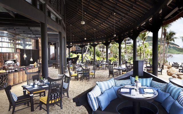 Barefoot Restaurant - InterContinental Resort