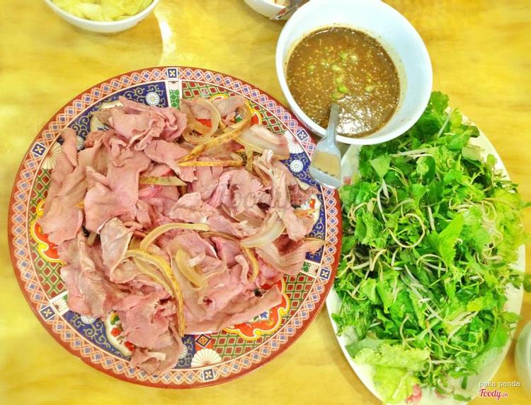 Bê Thui Hương - Nguyễn Thị Minh Khai ở Khánh Hoà