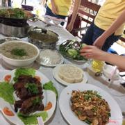 Súp hải sản, cá hấp và lẩu cua đồng