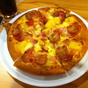 Pizza size m aloha