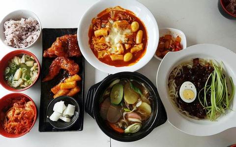 Quán Hàn + Nhật ngon Quận 10