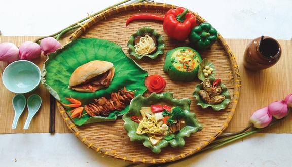 Thiền Ý - Khu Ẩm Thực Chay Sân Vườn