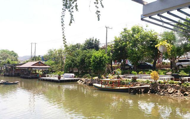 Nhà Hàng Bờ Sông - Hải Sản Tươi Sống