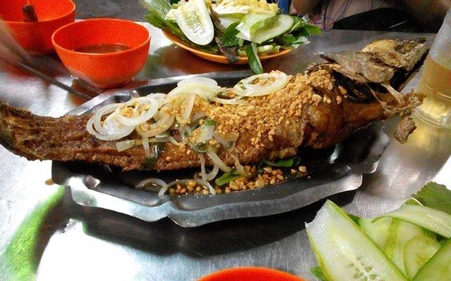 Hàng Dừa - Bò Nướng, Cá Lóc Nướng