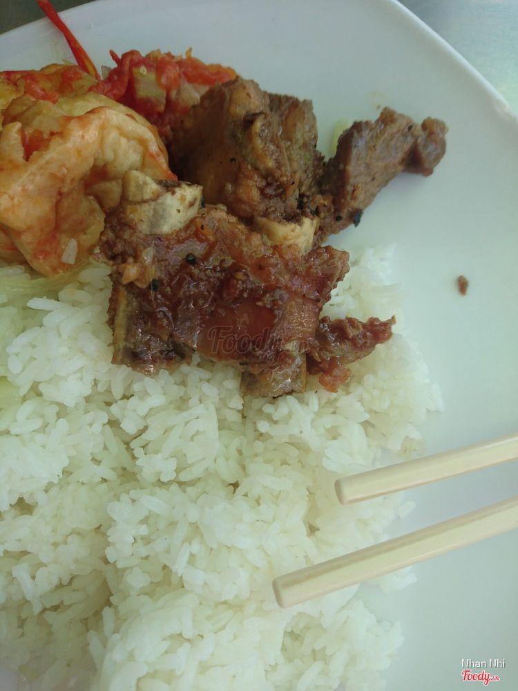 Cơm Hiền Nhi - Quán Ăn Bình Dân ở Khánh Hoà