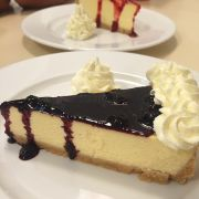 cheesecake sốt việt quất