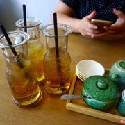 Nước trà vị bình thường nhưng ly trà to rất ấn tượng