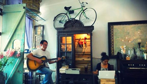 Bicycle Up Cafe