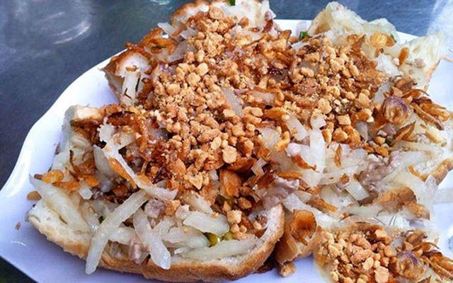 Bánh Mì 83 - Cô Giang