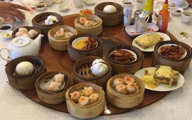 Lẩu Đại Thống Restaurant - Món Hoa