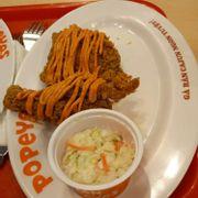 Gà sốt Thái + salad