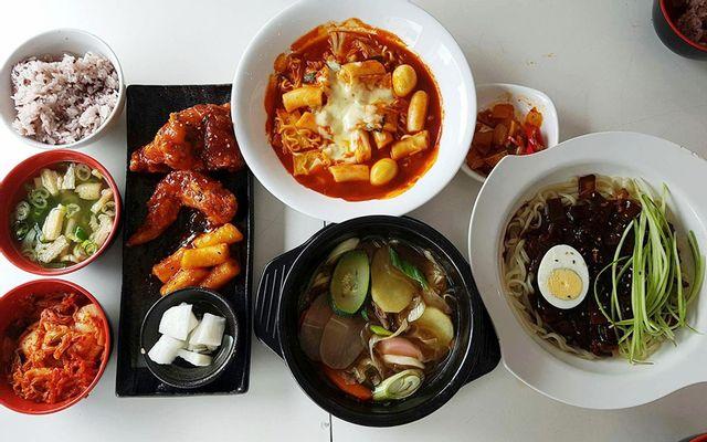 Hanuri - Quán Ăn Hàn Quốc - Nguyễn Đình Chiểu