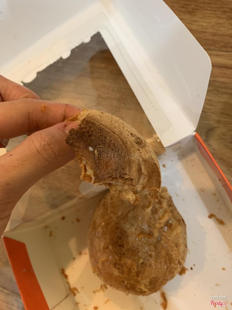 Bánh khô , cứng còng , ở sau mún khét luôn . Chi nhánh tệ nhất từng ăn