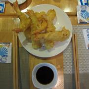 Ebi tempura.