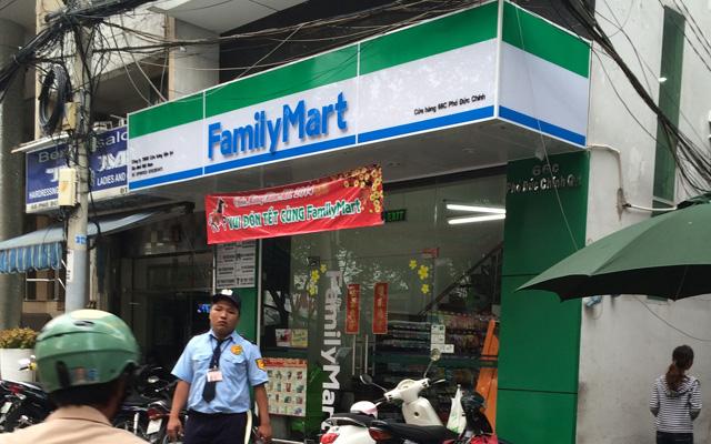 FamilyMart - Phó Đức Chính