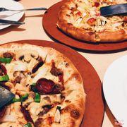 Mua 1 tặng 1 pizza hut