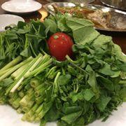Ăn tối: Rau ăn lẩu