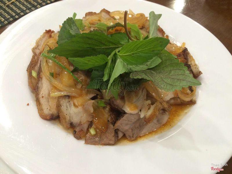 Ăn tối: Thịt heo chiên nước mắm