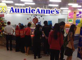 Auntie Anne's - Parkson Cantavil