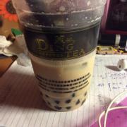 Hồng trà sữa trân trâu :3