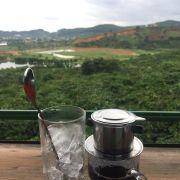 Cà phê chồn sữa đá, 75k