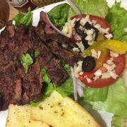 Salad thịt bò nướng