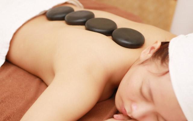 Mỹ Viện Callalily - Massage Body Tinh Dầu