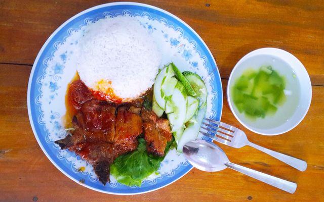 Hồng Quyên - Cơm Thịt Nướng