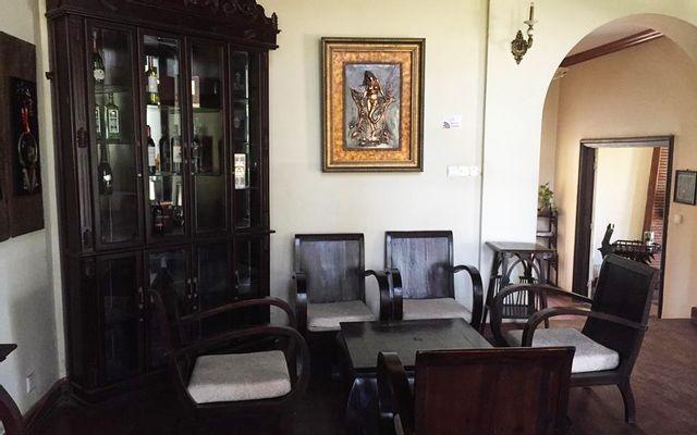Hoa Violet Café