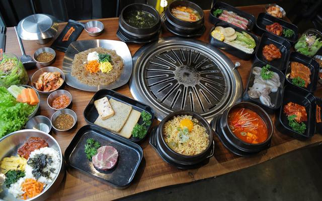 Meat & Meet Korean BBQ Container - Lê Thị Riêng