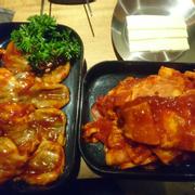 Bạch tuộc và thịt heo sốt tương ớt