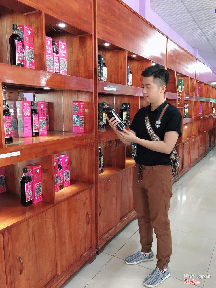 Rượu Sim Suối Sim ở Phú Quốc