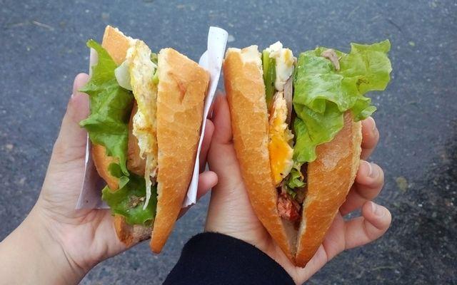Cô Ba Lộc - Bánh Mì & Bánh Bao