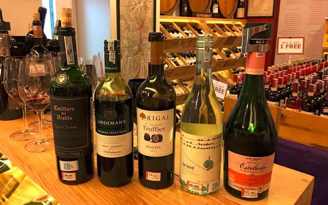 Red Apron Fine Wines & Spirits - Công Trường Lam Sơn