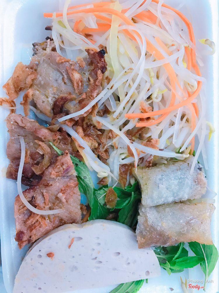 Quán Trúc - Bánh Cuốn Nóng ở Khánh Hoà