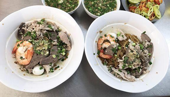 Hủ Tiếu Nam Vang, Tàu Hủ Đá & Bò Bía
