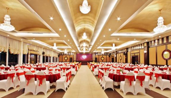 Full House Event & Wedding - Century Riverside Hotel