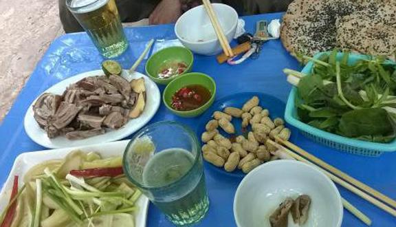 Hoàng Long - Bia Hơi Hà Nội & Lẩu Các Loại