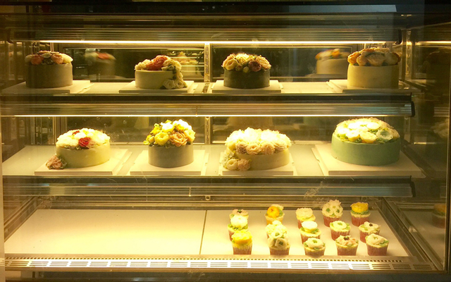 Black Vanilla Bakery - Patisseries And Cafeteria