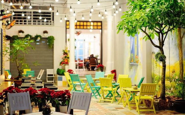 Khung Cửa Cafe