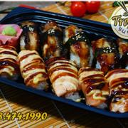 Tên: COMBO LƯƠN NHẬT - CÁ HỒI  Giá: 110K  Gồm - 5 cá hồi nướng - 5 lươn Nhật nướng #Trạmsushi #Menu #sushi